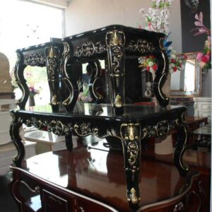 Table (gold & black)